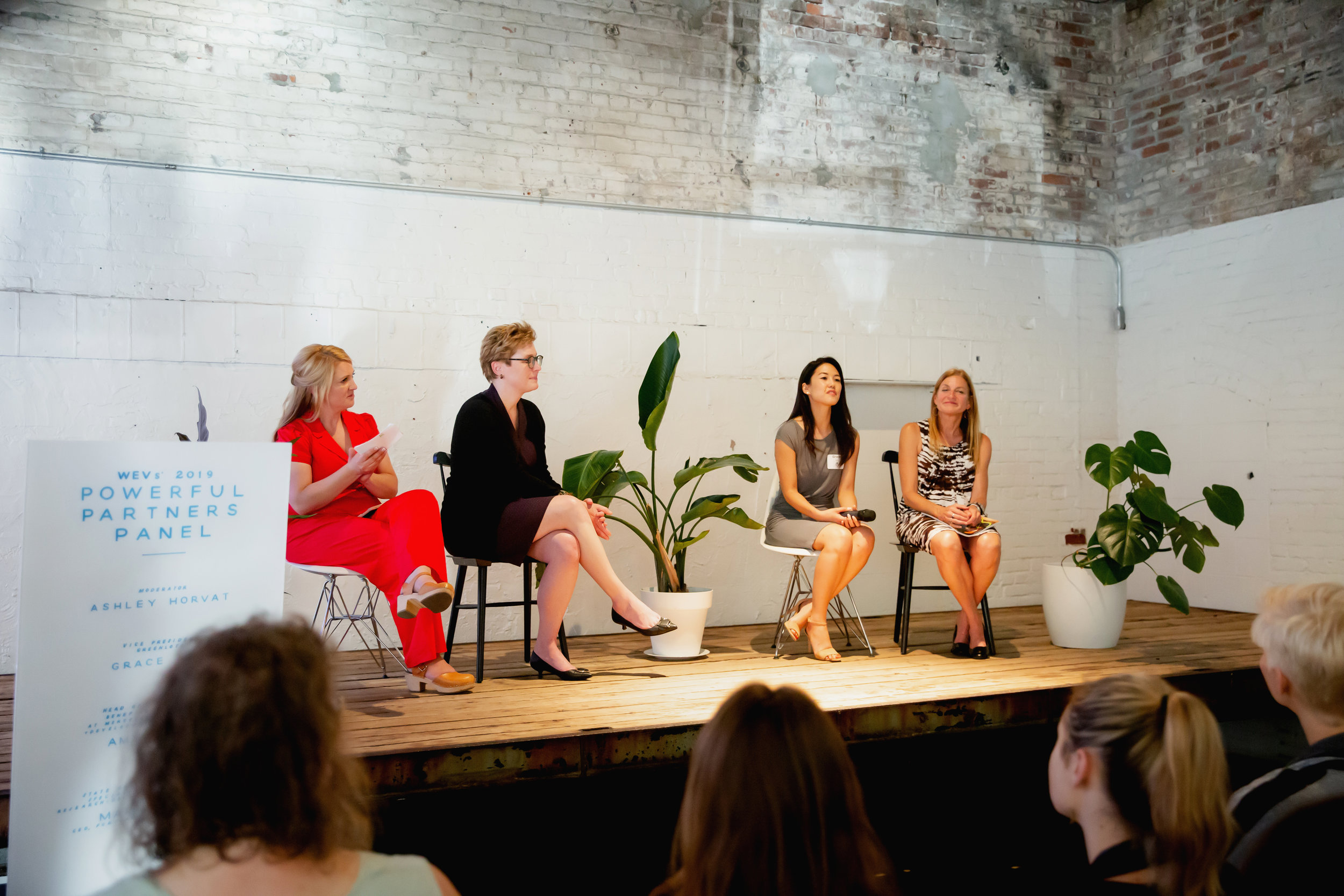 Women_of_EV_Annual_Summit_2019-8221.jpg