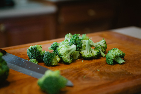 I eat broccoli purely as a vehicle for butter. Serve this quick steamed broccoli recipe alongside any meat of your choice for a great GAPS Legal meal. Steamed Broccoli Recipe by Northern Colorado Certified GAPS Practitioner Amy Mihaly.