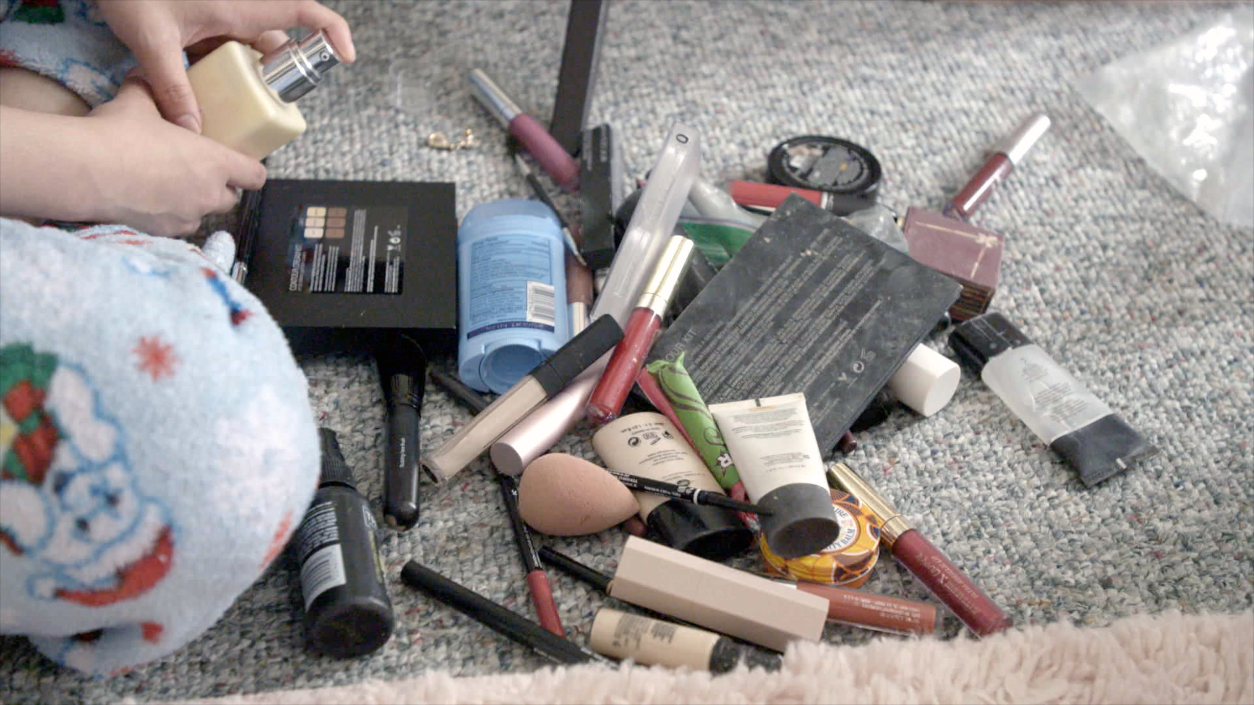 2. Personal Products Scattered On The Floor_Toxic Beauty © White Pine Pictures 2019.jpg