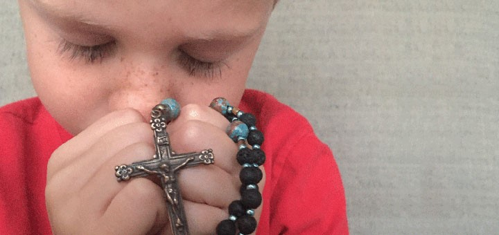 pray-the-rosary.jpg