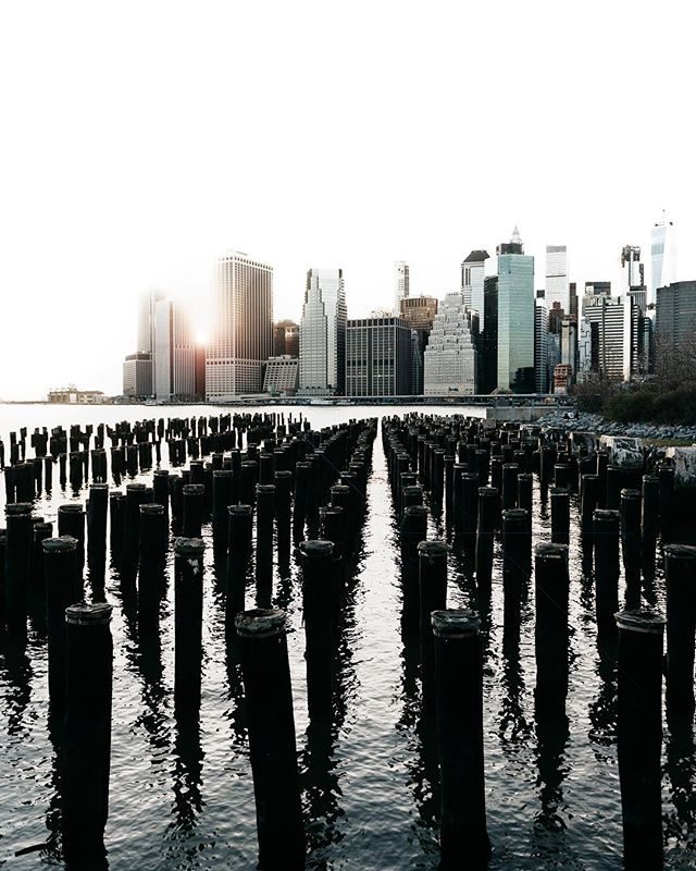 Brooklyn Bridge Park always reminds me of getting pizza at Grimaldi's with @har_ld and then going to Brooklyn Ice Cream Factory immediately after.