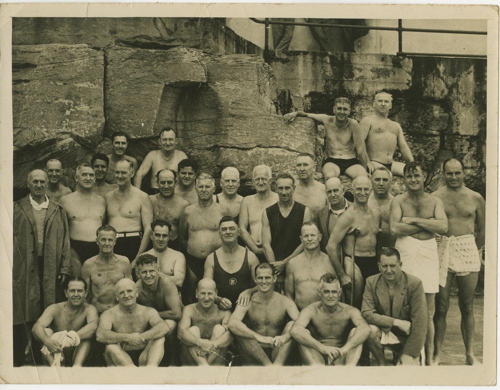 (1946 - Bondi Diggers Swimming Club Photo by Jim Porter) 2849-max.jpeg
