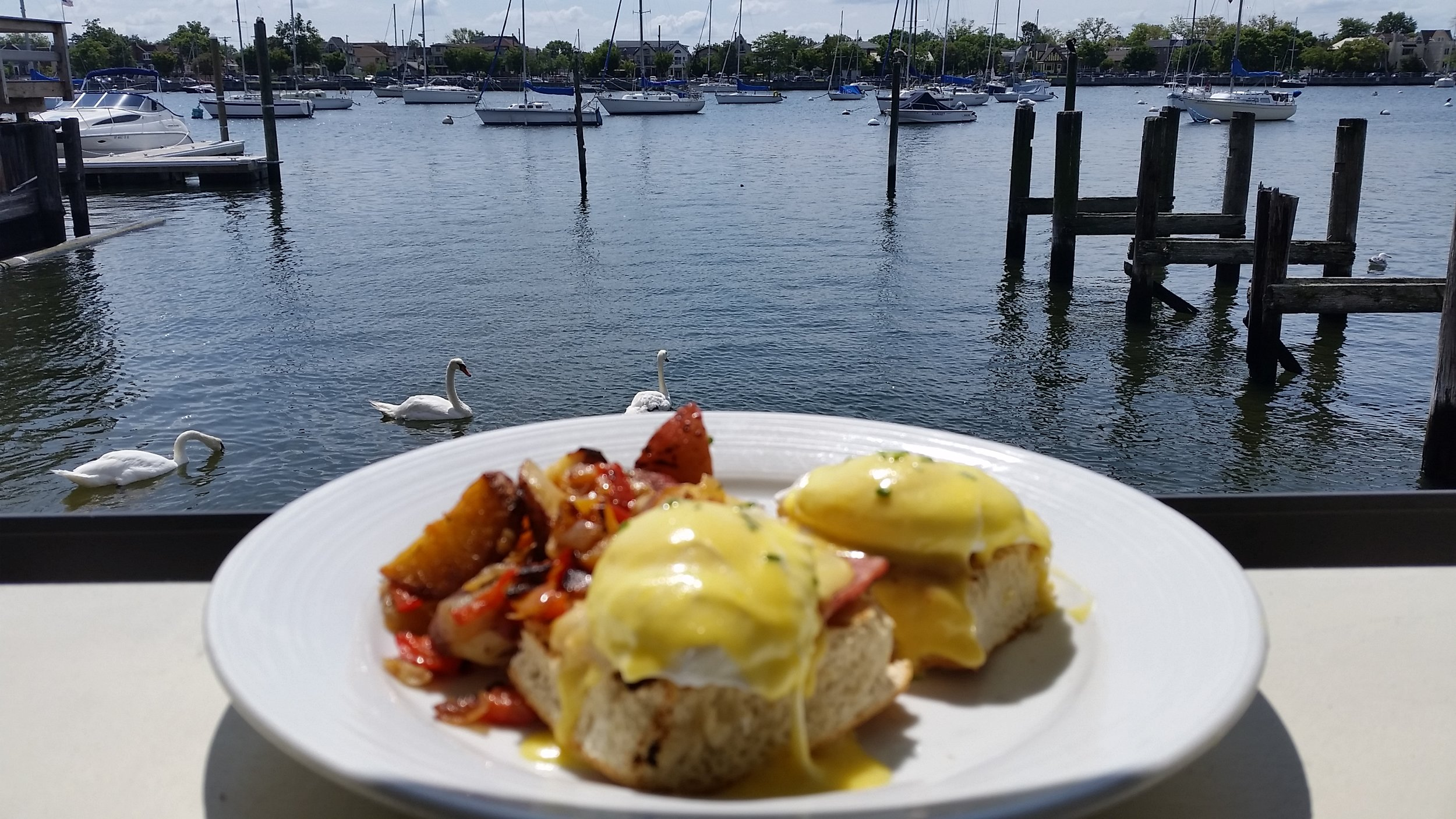 Brunch Waterfront.jpg