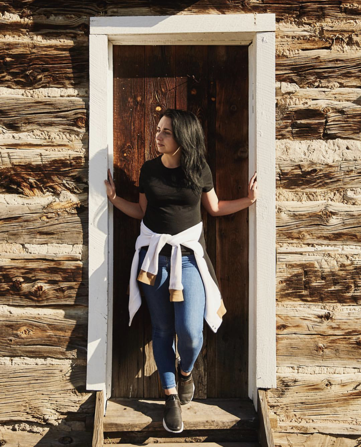 About - Marissa Merchant is a wardrobe and production stylist based in Denver, CO.