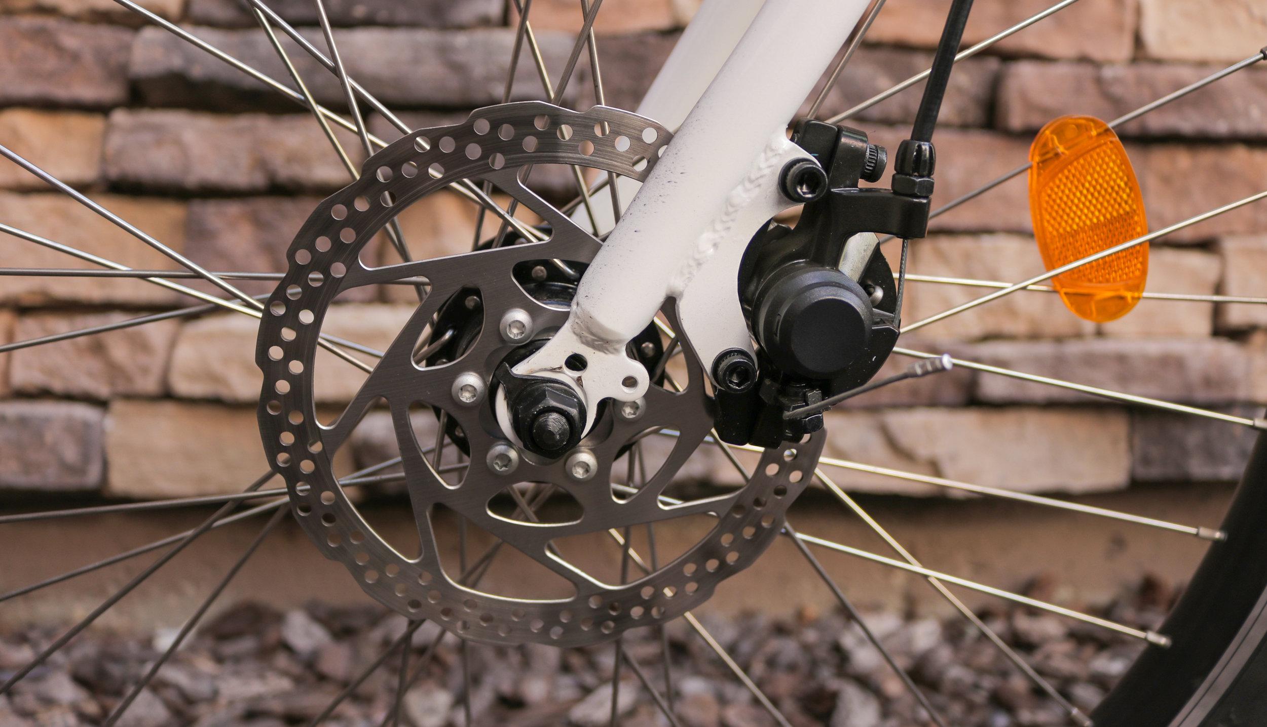 electrified-reviews-wave-electric-bike-review-front-disc-brake.jpg