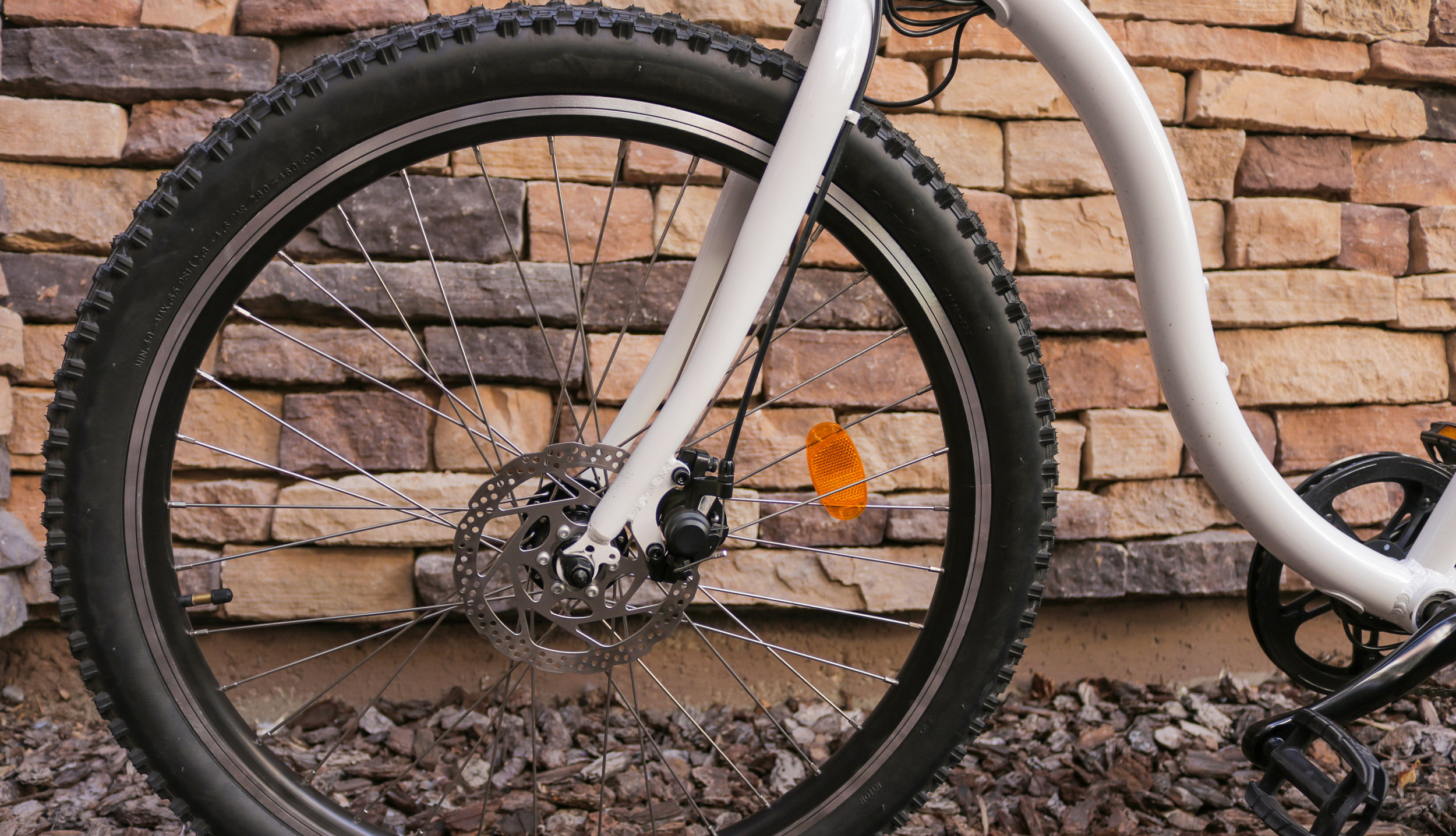 electrified-reviews-wave-electric-bike-review-front-disc-brake-forks.jpg