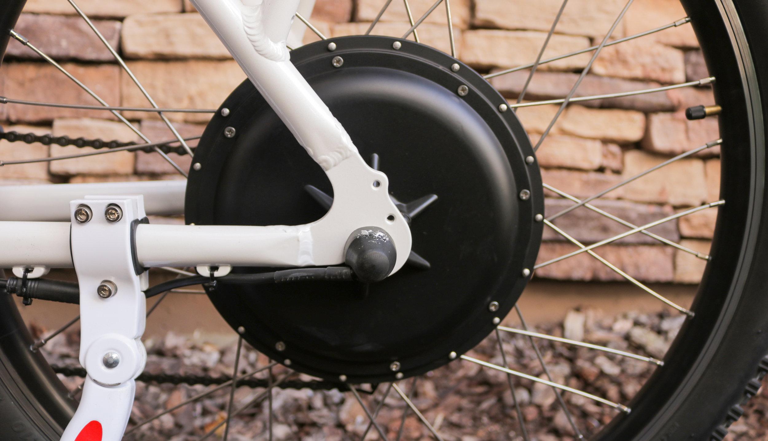 electrified-reviews-wave-electric-bike-review-motor.jpg