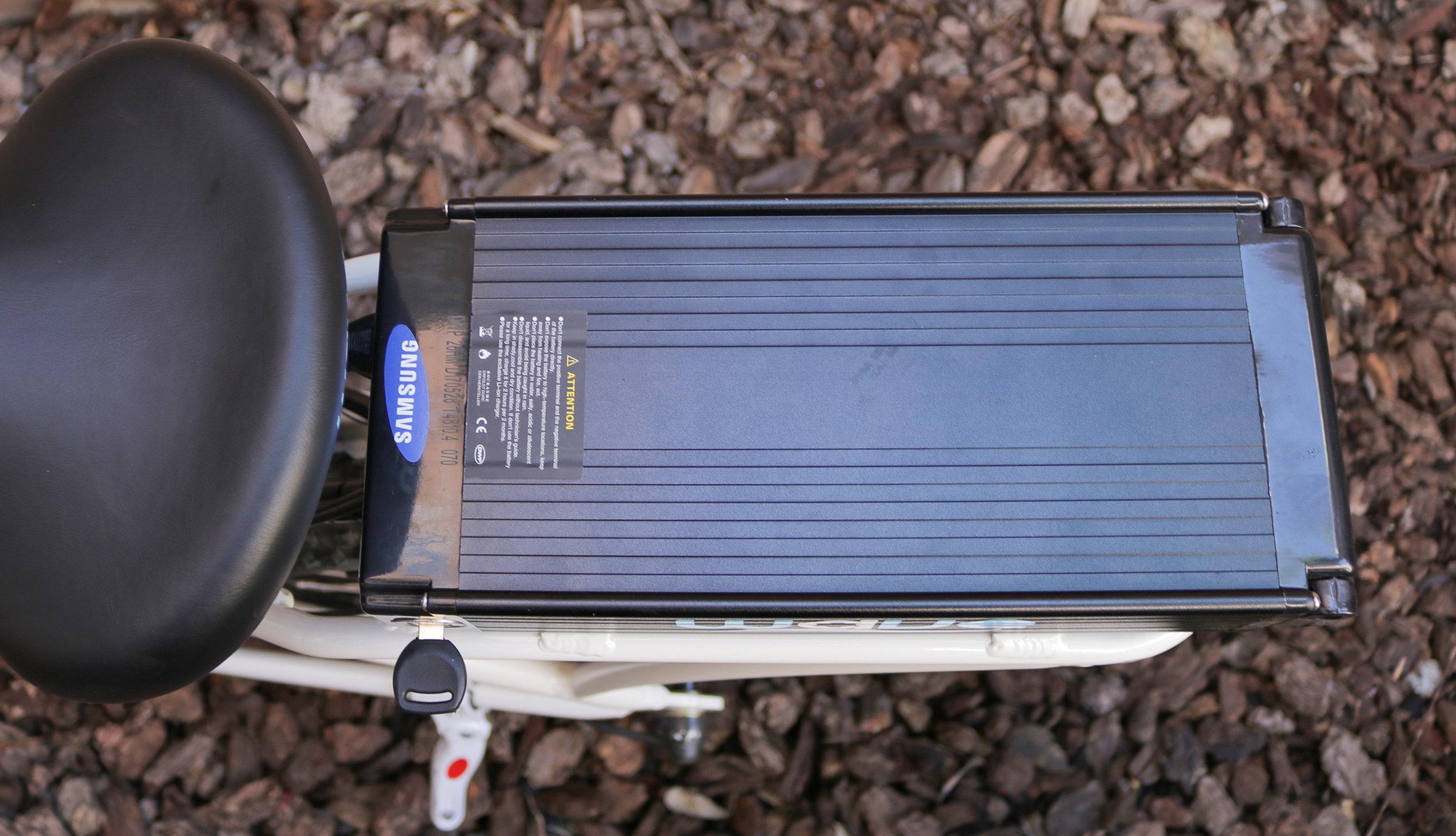 electrified-reviews-wave-electric-bike-review-battery-top-down.jpg