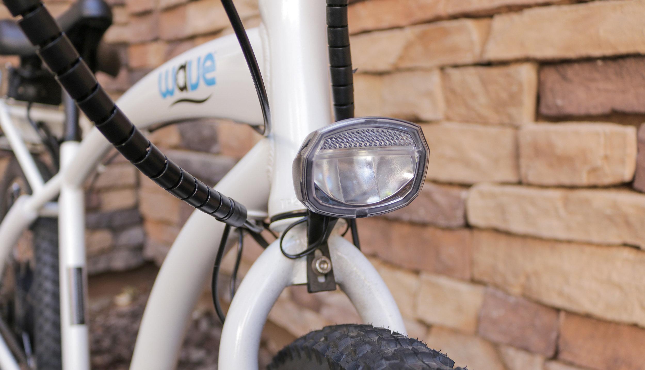 electrified-reviews-wave-electric-bike-review-headlight-3.jpg
