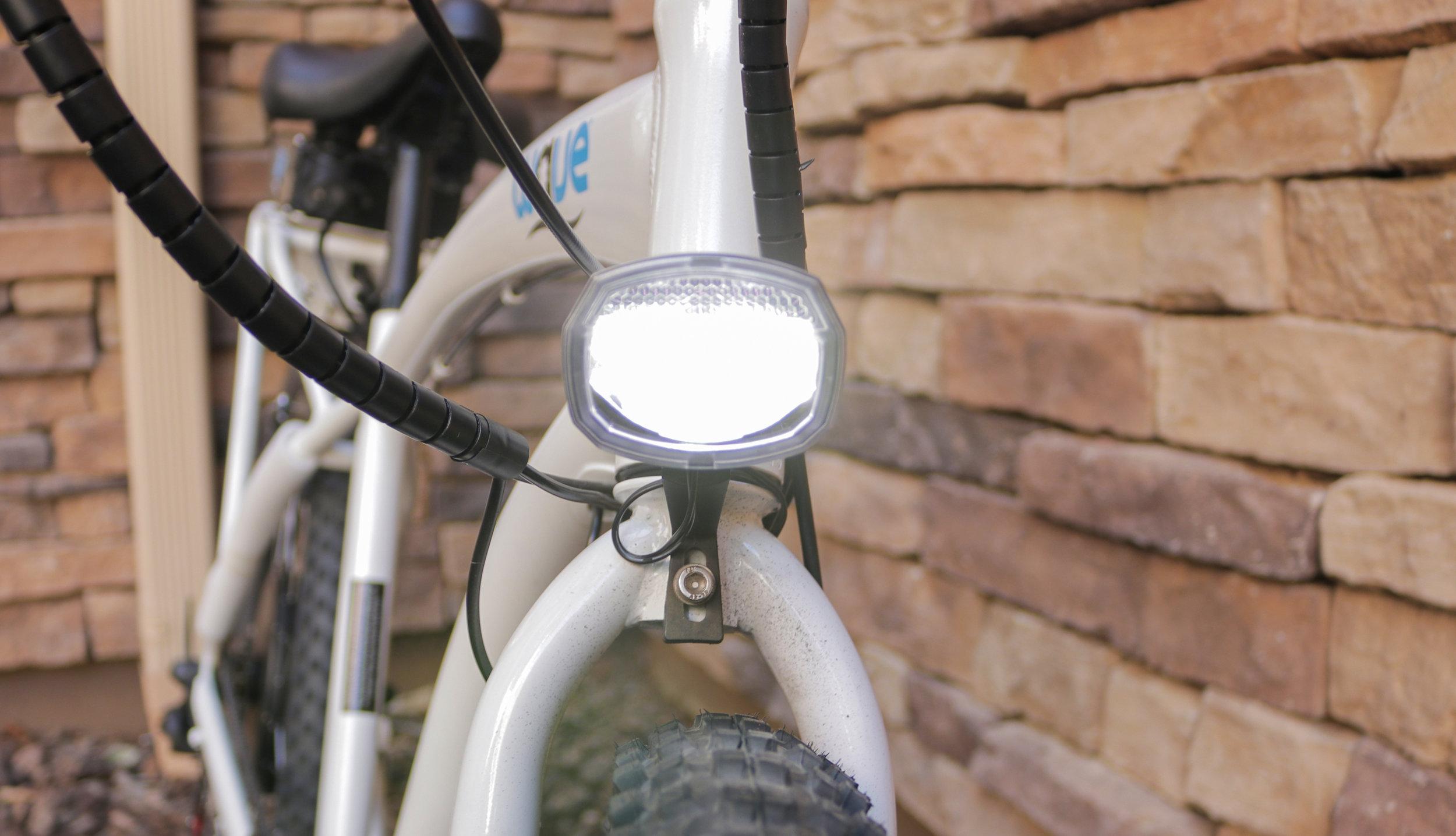 electrified-reviews-wave-electric-bike-review-headlight.jpg