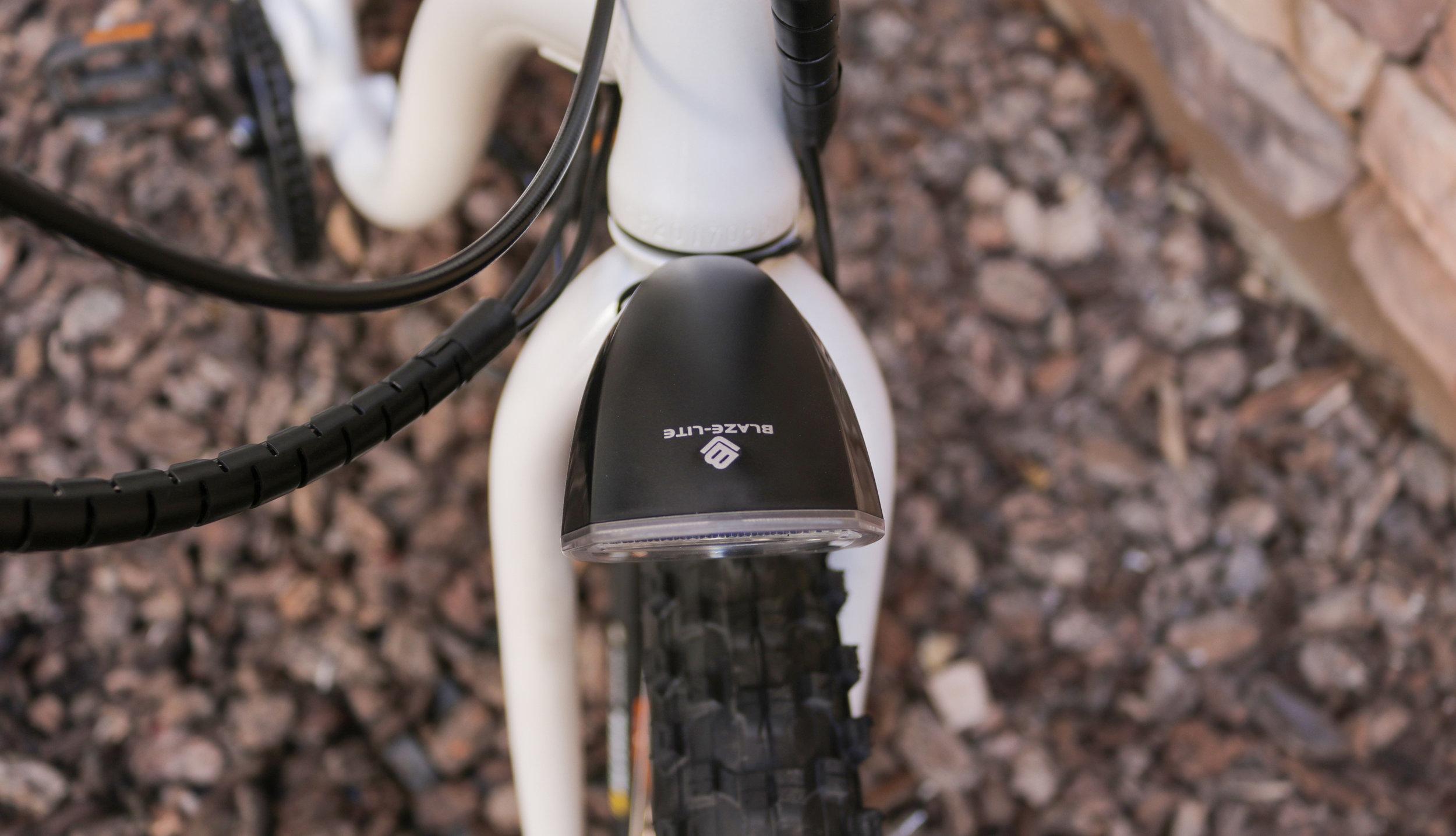 electrified-reviews-wave-electric-bike-review-headlight-2.jpg