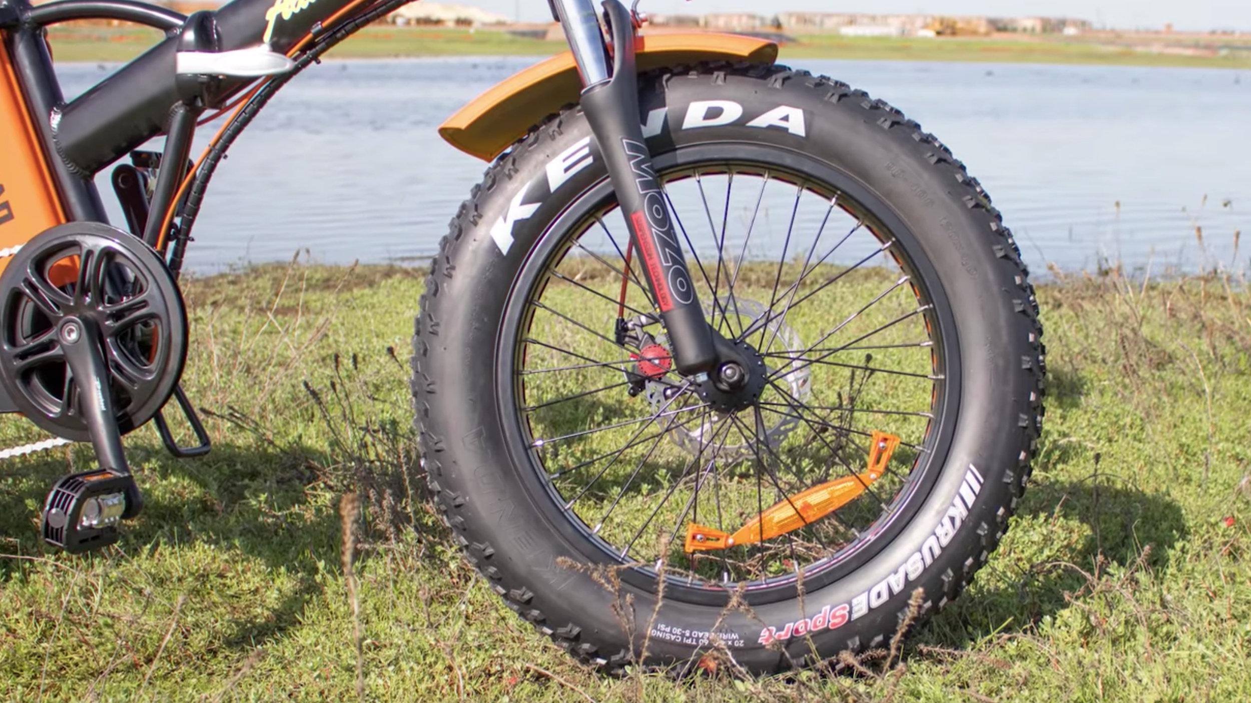 electrified-reviews-addmotor-motan-m150p7-electric-bike-review-front-wheel.jpg