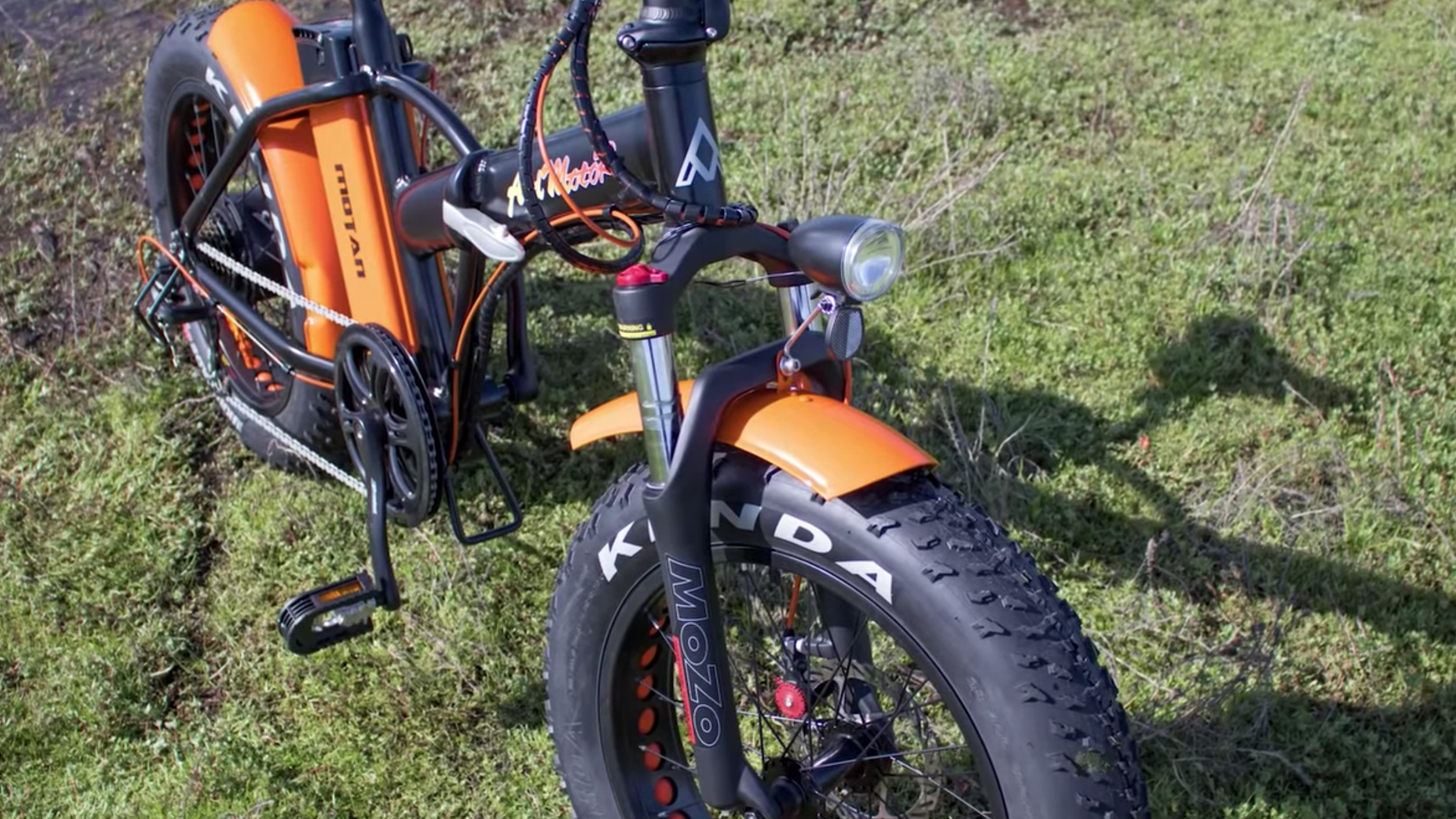 electrified-reviews-addmotor-motan-m150p7-electric-bike-review-front-angled.jpg