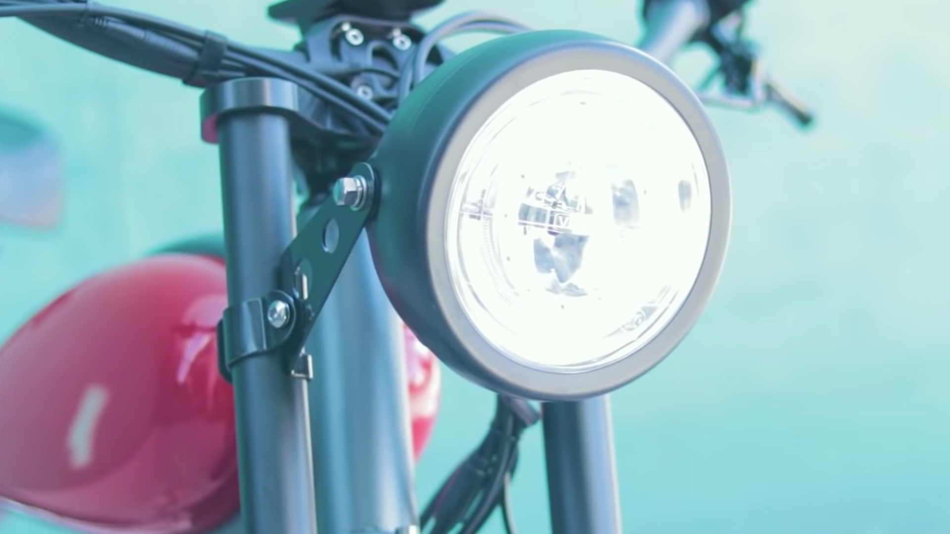 electrified-reviews-civi-bikes-cheetah-electric-bike-review-headlight-2.jpg
