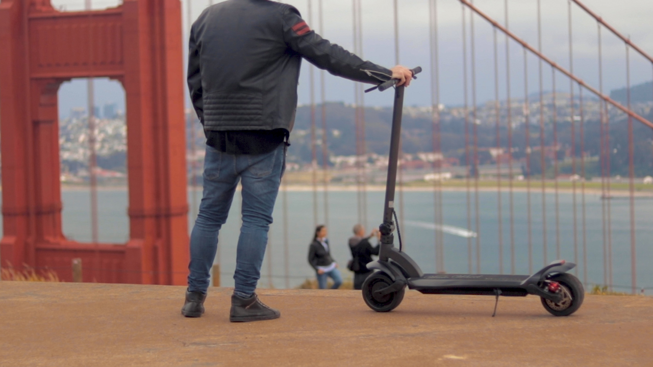 electrified-reviews-fluidfreeride-widewheel-electric-scooter-review-cool-shot.jpg