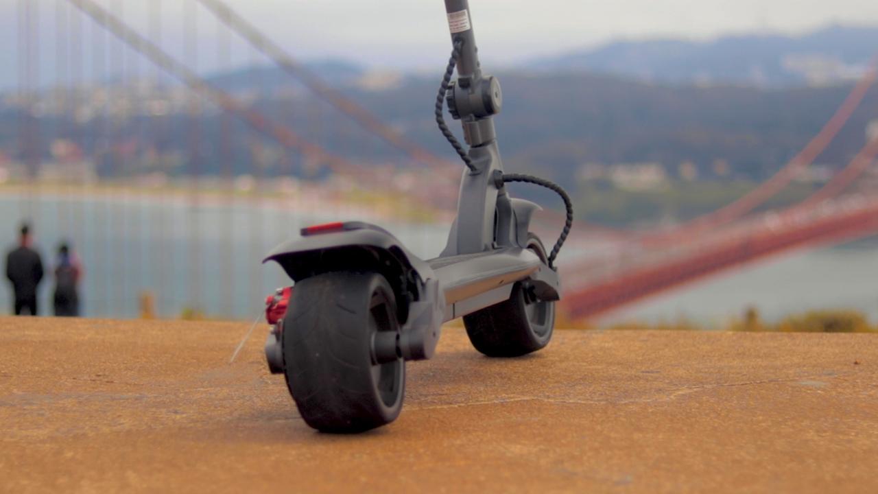 electrified-reviews-fluidfreeride-widewheel-electric-scooter-review-rear-profile.jpg
