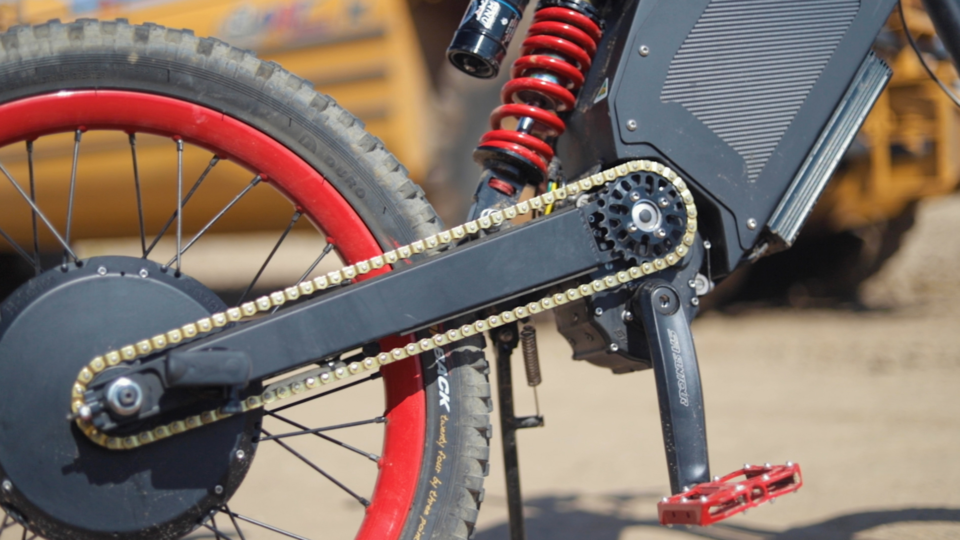 electrified-reviews-stealth-b52-bomber-electric-bike-review-chain.jpg