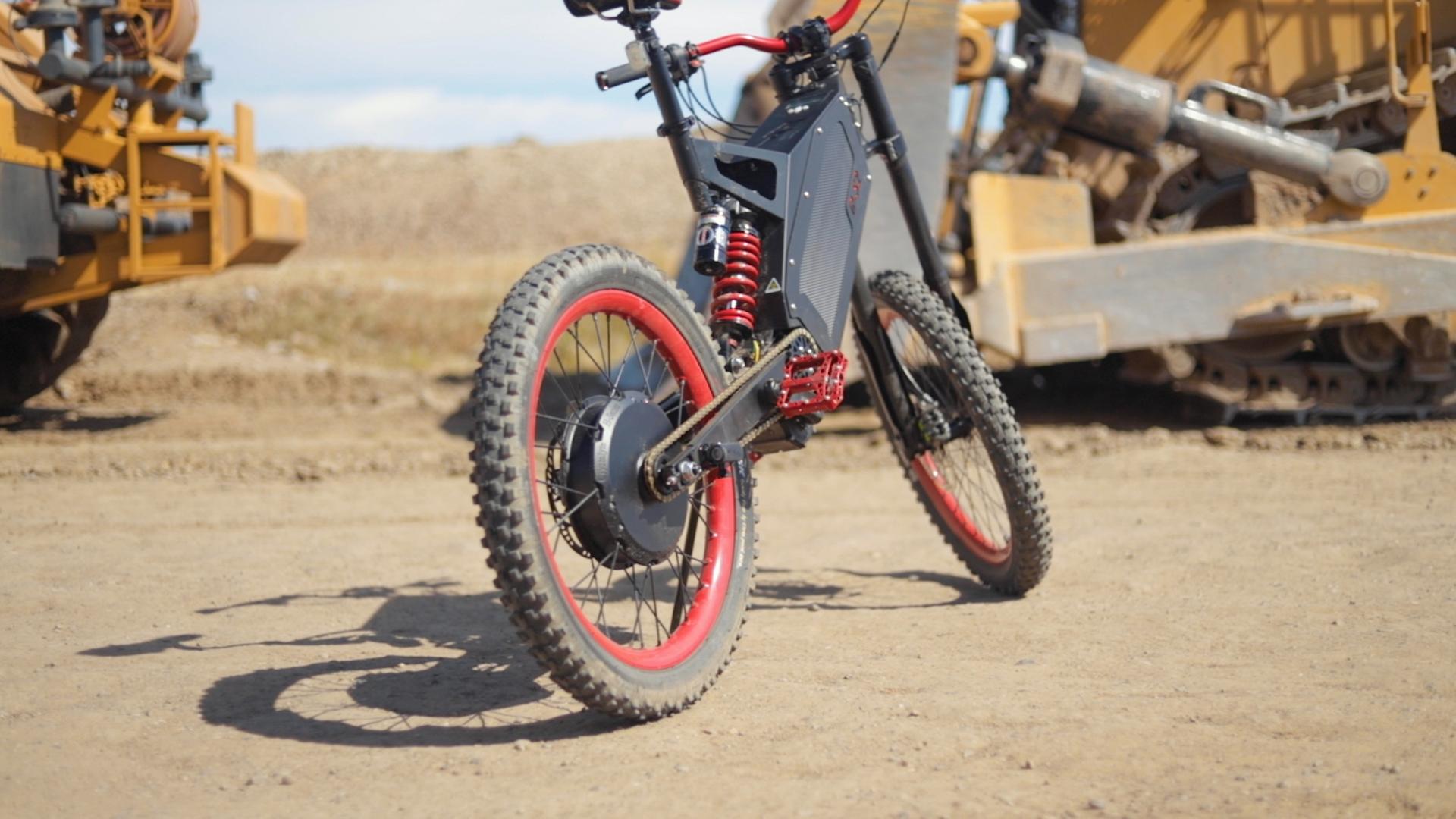 electrified-reviews-stealth-b52-bomber-electric-bike-review-profile-3.jpg
