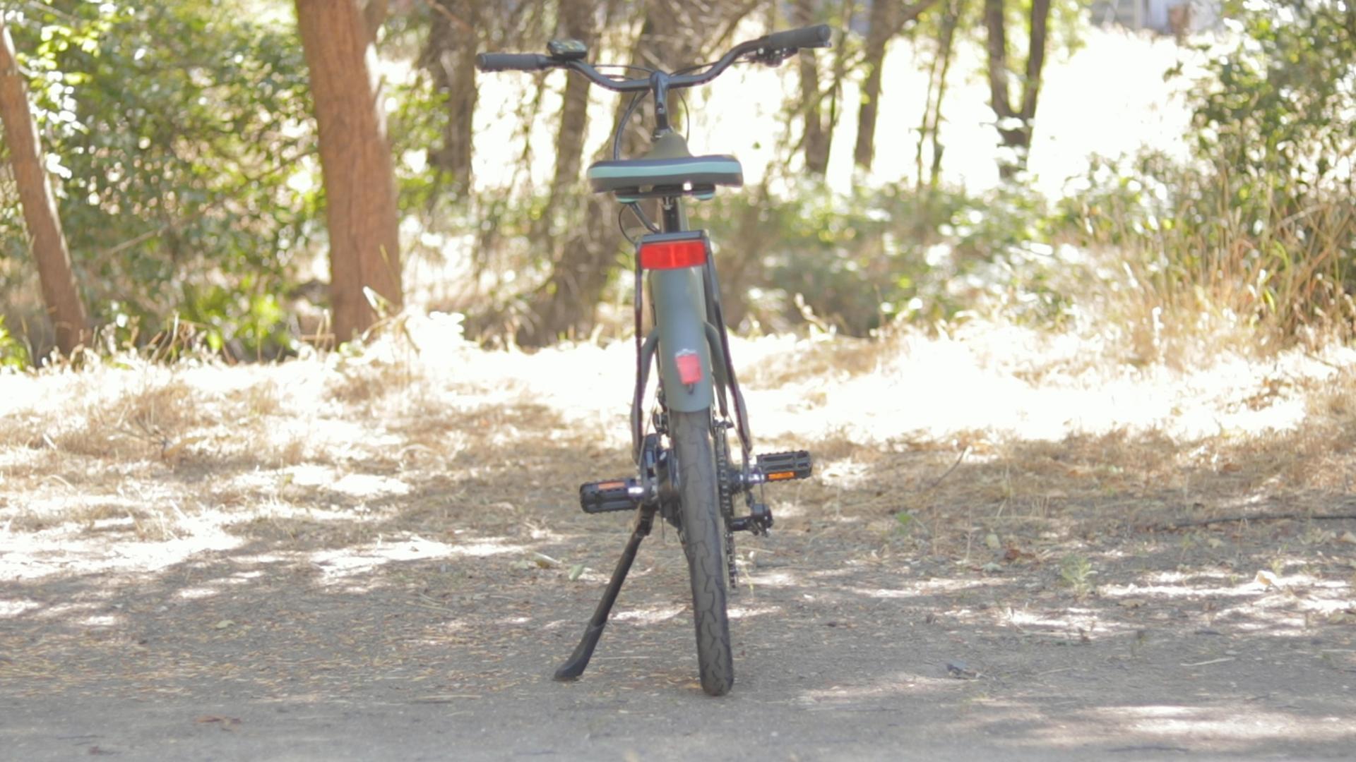 electrified-reviews-izip-simi-electric-bike-review-rear.jpg
