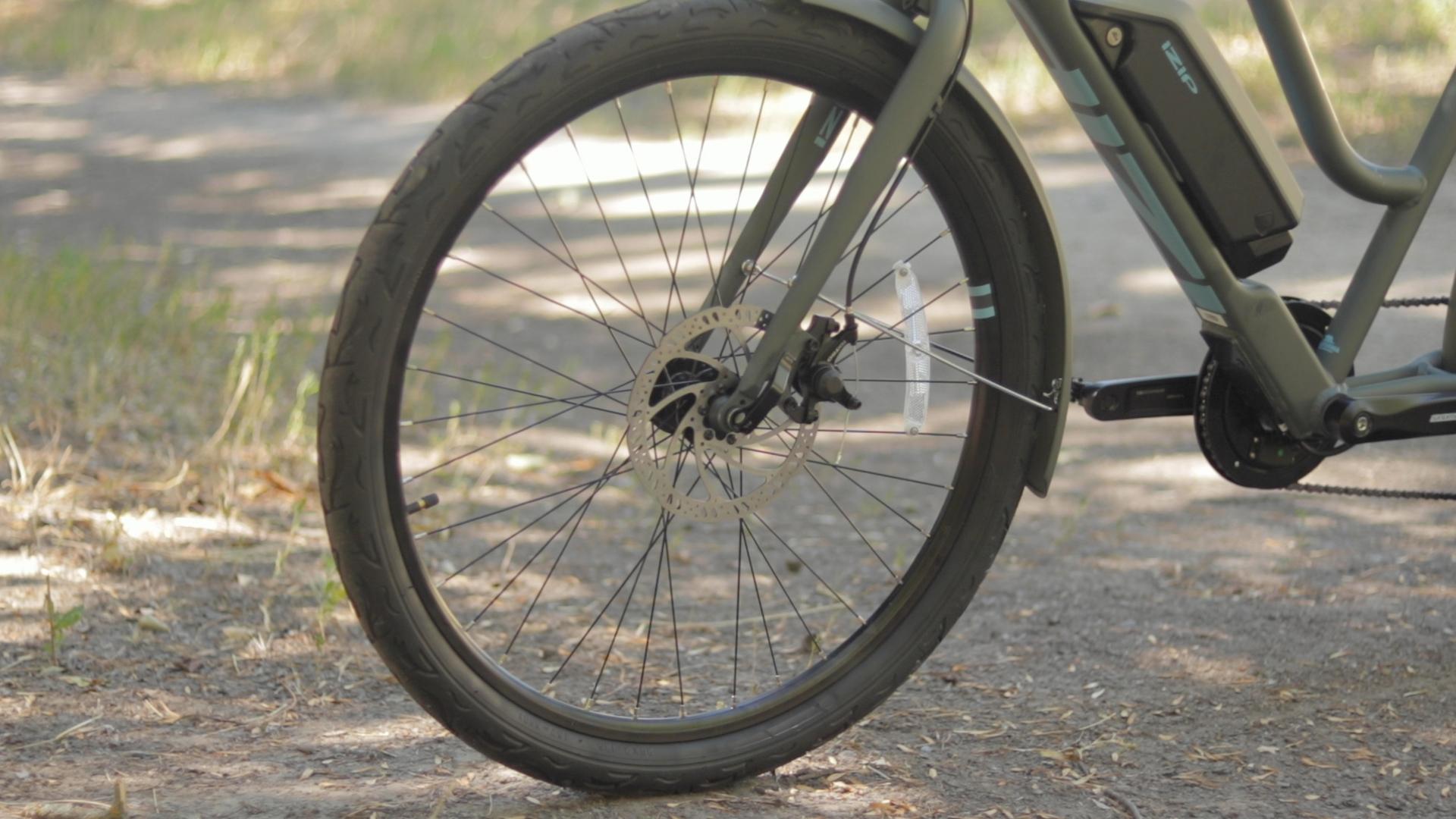 electrified-reviews-izip-simi-electric-bike-review-tektro-mechanical-disc-brake-2.jpg