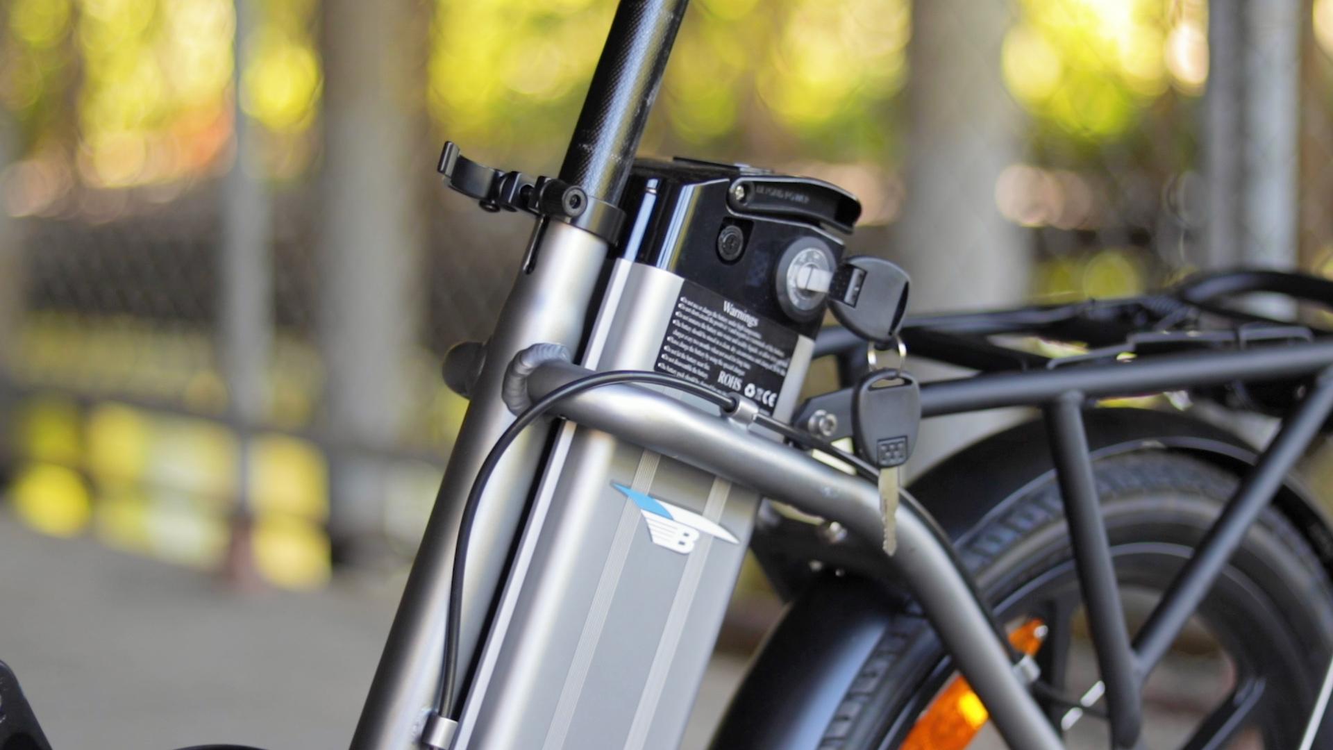 electrified-reviews-bagibike-b10-foldign-electric-bike-review-battery-2.jpg