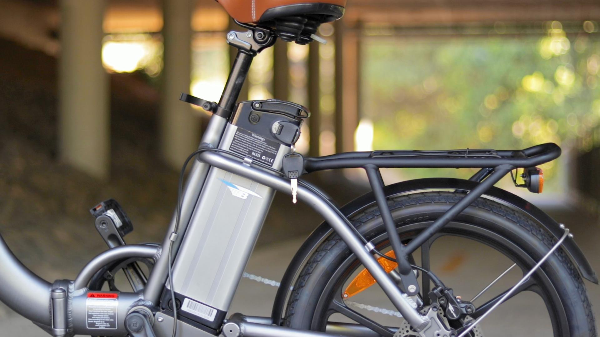 electrified-reviews-bagibike-b10-foldign-electric-bike-review-battery.jpg