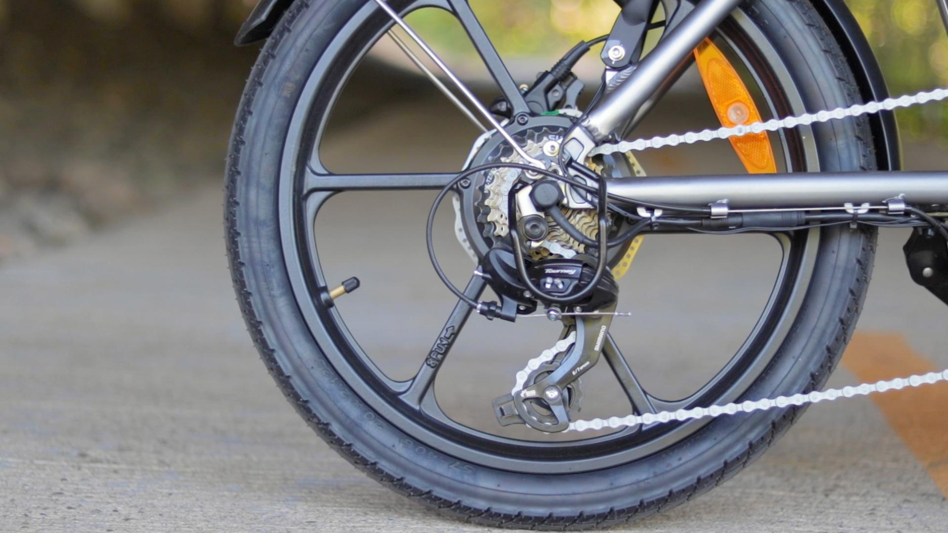 electrified-reviews-bagibike-b10-foldign-electric-bike-review-shimano-tourney-derailleur-3.jpg