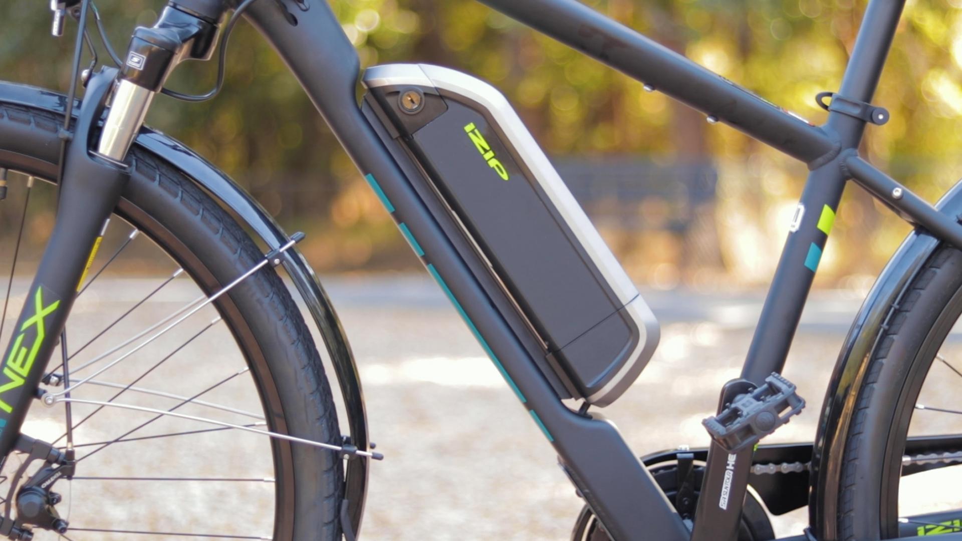 electrified-reviews-izip-e3-brio-electric-bike-review-battery.jpg