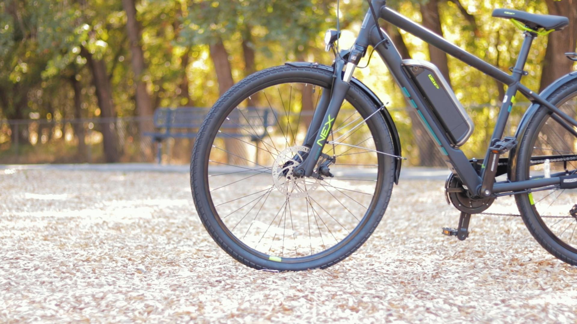 electrified-reviews-izip-e3-brio-electric-bike-review-tektro-disc-brake-far.jpg
