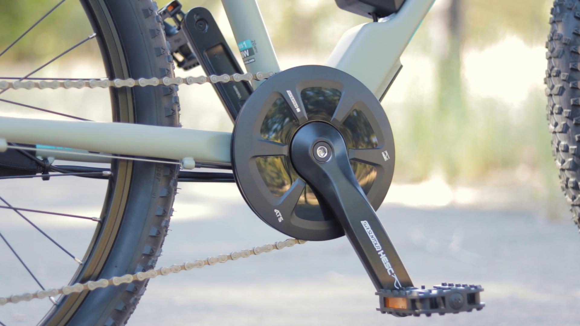 electrified-reviews-izip-trlz-electric-bike-review-suntour-advanced-pedal-assist.jpg