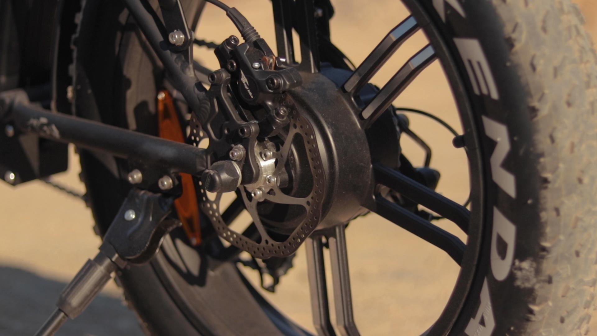 electrified-reviews-bagibike-b20-premium-electric-bike-review-bafang-500-watt-motor.jpg