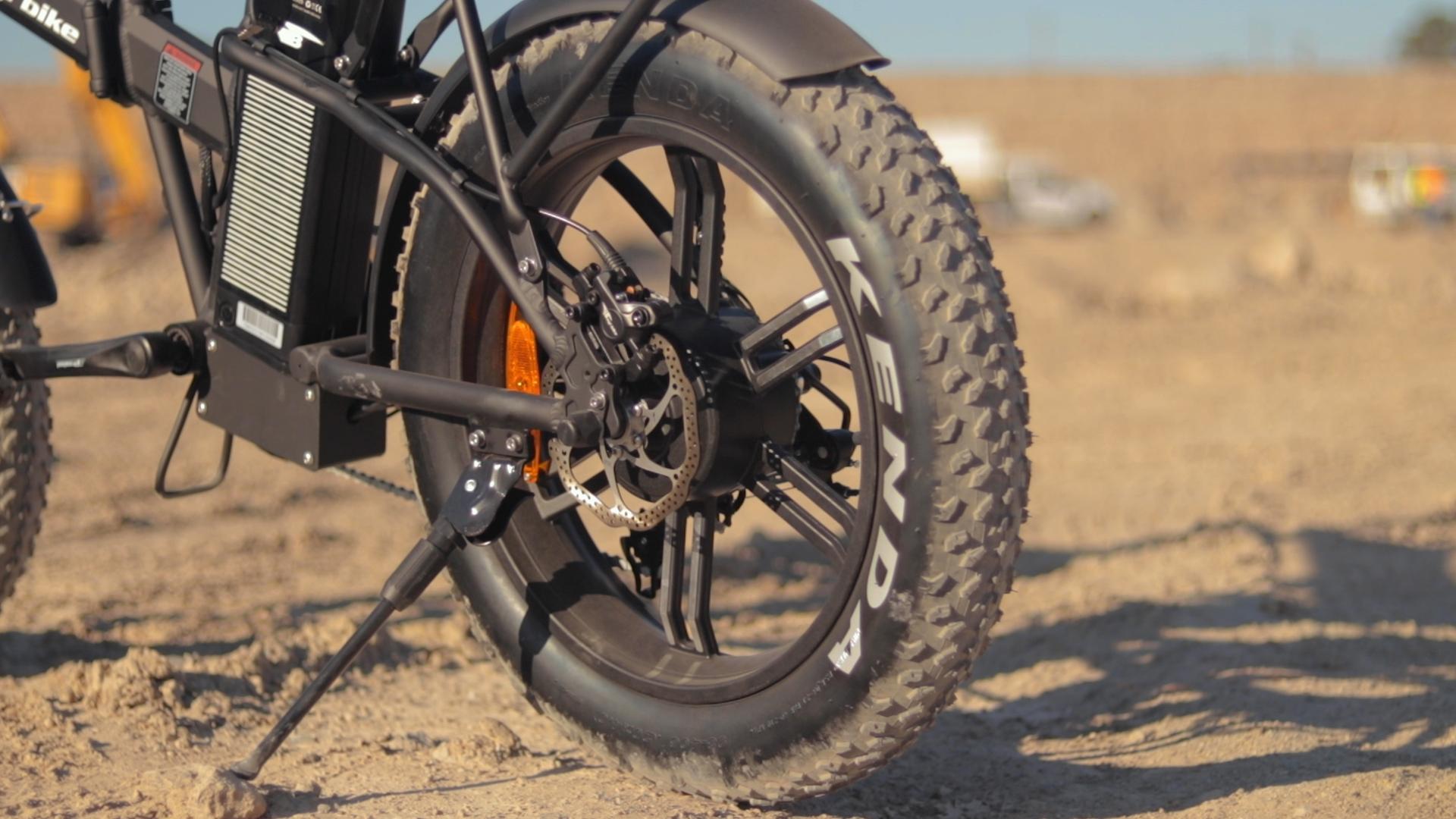 electrified-reviews-bagibike-b20-premium-electric-bike-review-bafang-500-watt-motor-2.jpg