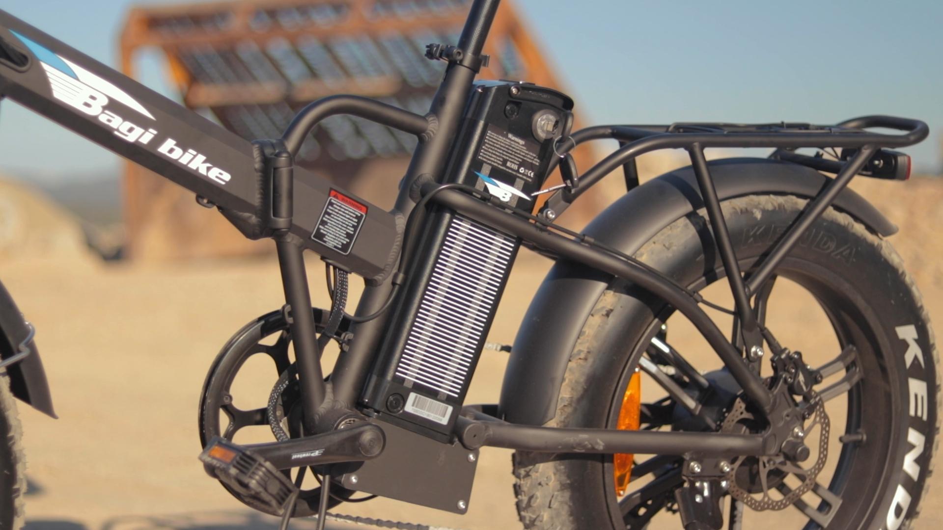 electrified-reviews-bagibike-b20-premium-electric-bike-review-battery.jpg