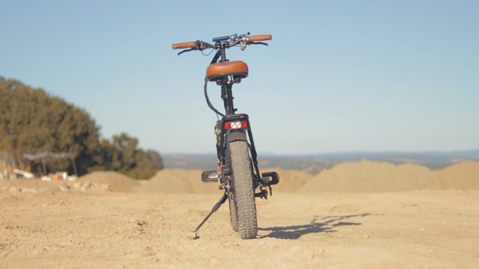 electrified-reviews-bagibike-b20-premium-electric-bike-review-rear.jpg