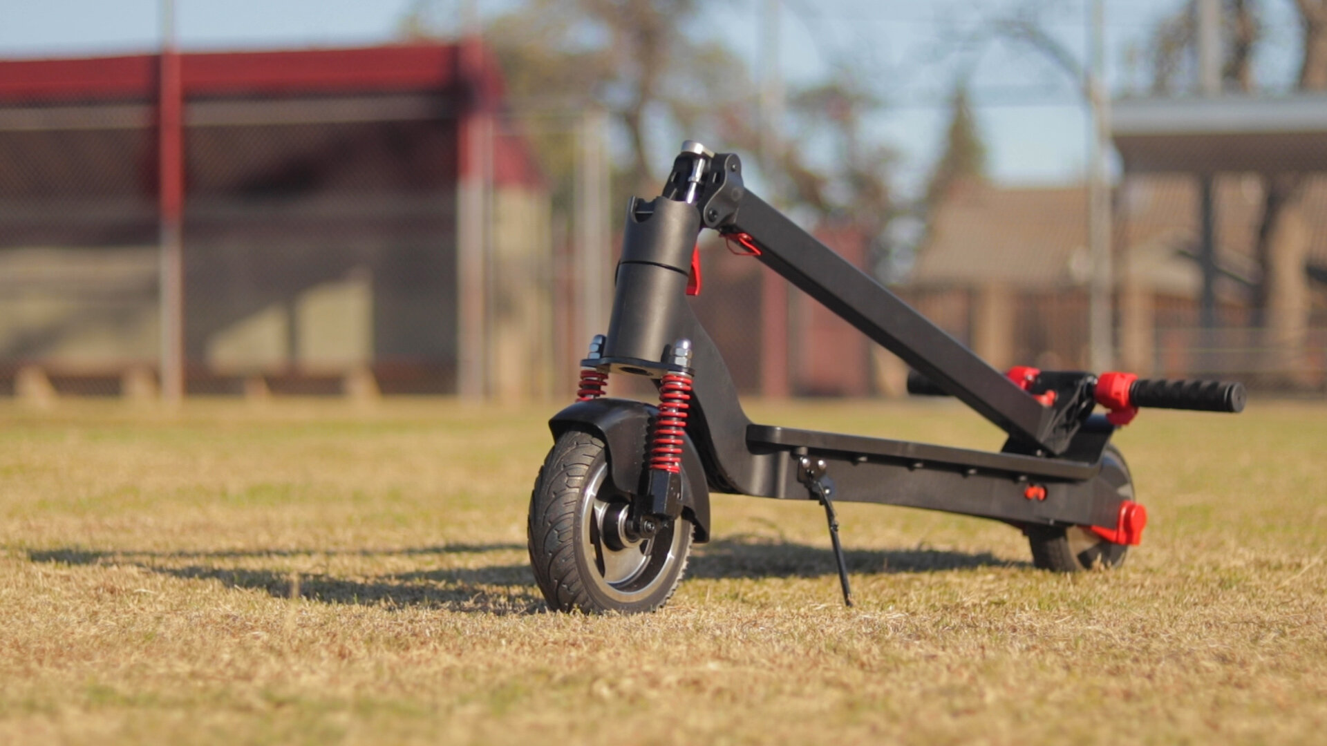 tianrun-r3s-electric-scooter-review-2019-folded-2.jpg