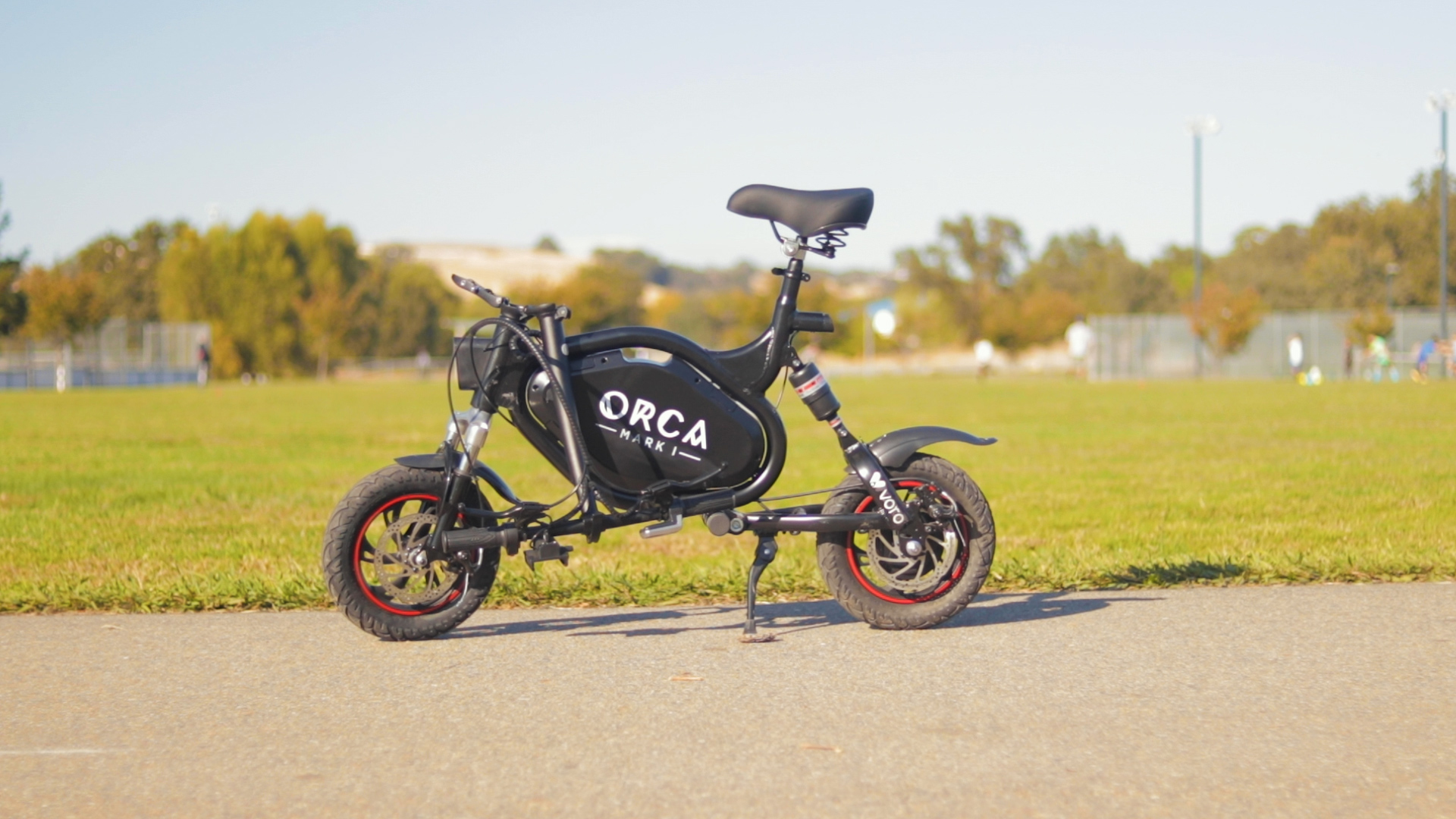 voro-motors-orca-mark-1-electric-scooter-review-2019-folded.jpg