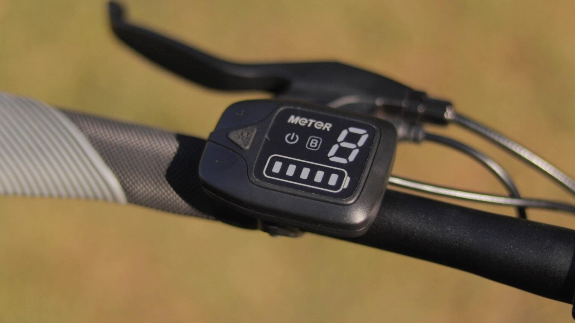 gotrax-shift-s1-electric-bike-review-2019-display.jpg