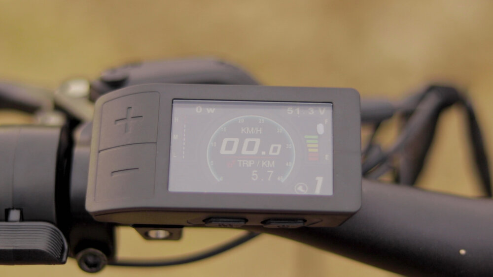 electrified-reviews-eunorau-fat-hd-electric-bike-review-2020-display.jpg