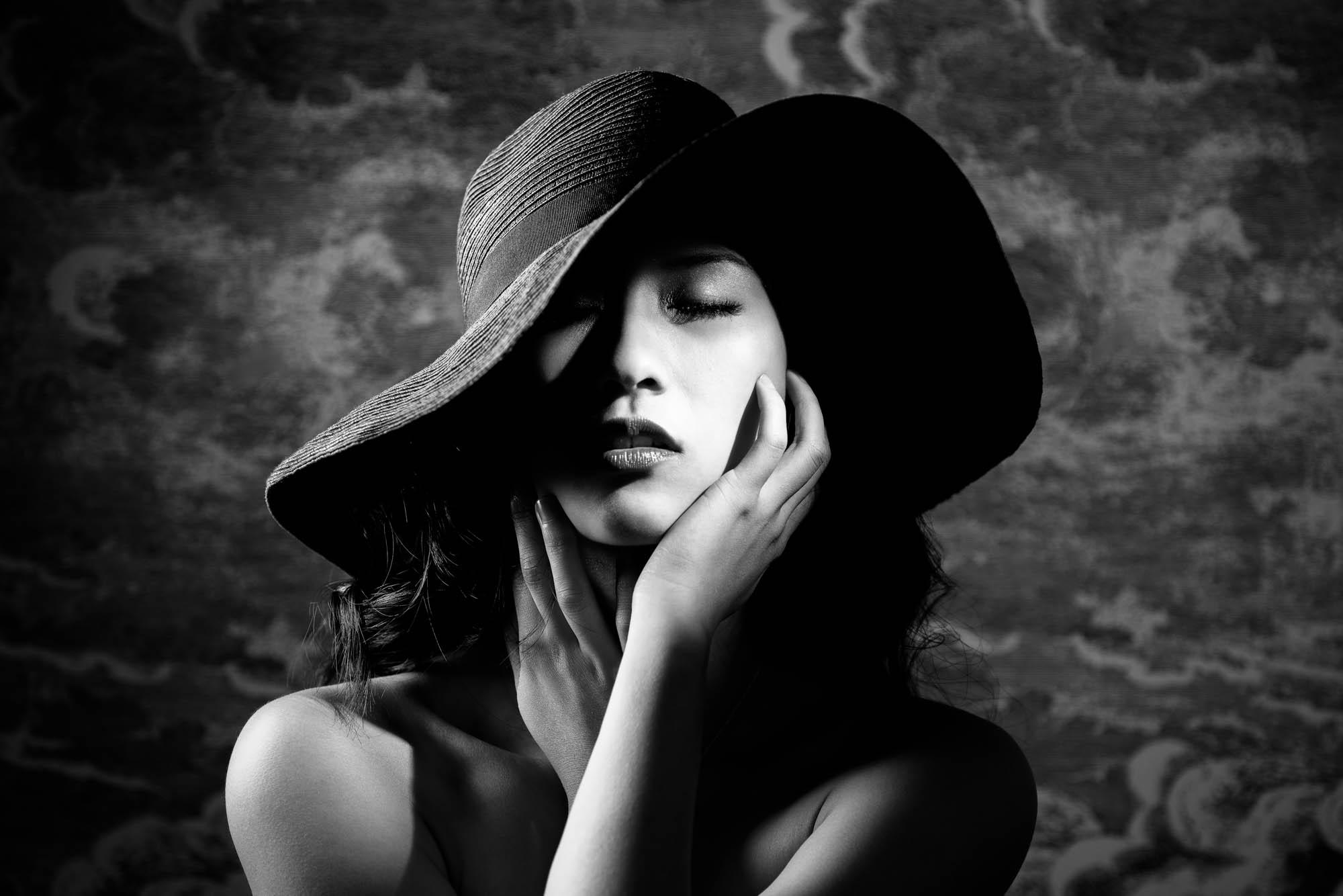 Lex & Josh Fashion B&W Shadows Portrait Shoot-10.jpg