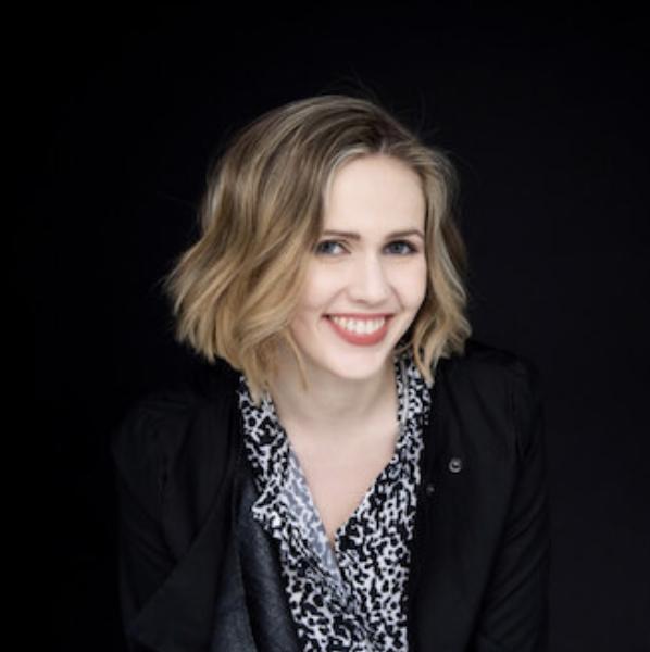 Annika Treutler . Pianist