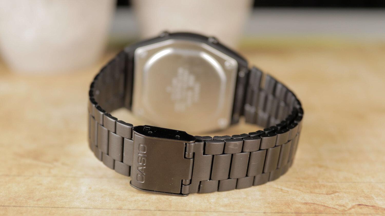 reloj-casio-vintage-completamente-negro-digital.jpg