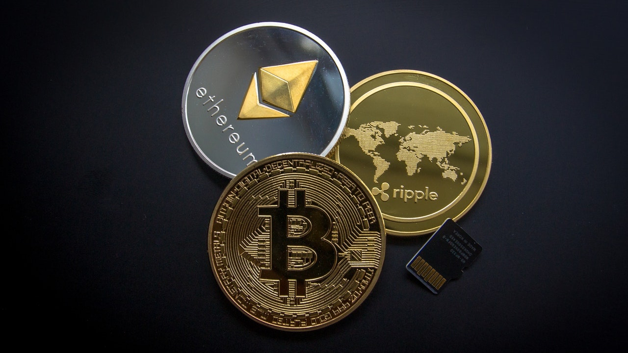Virtual currency exchange license - Price includes: company incorporation in Estonia, contact person in Estonia in the first year, application for the license, preparation of AML / KYC documents, state fee.