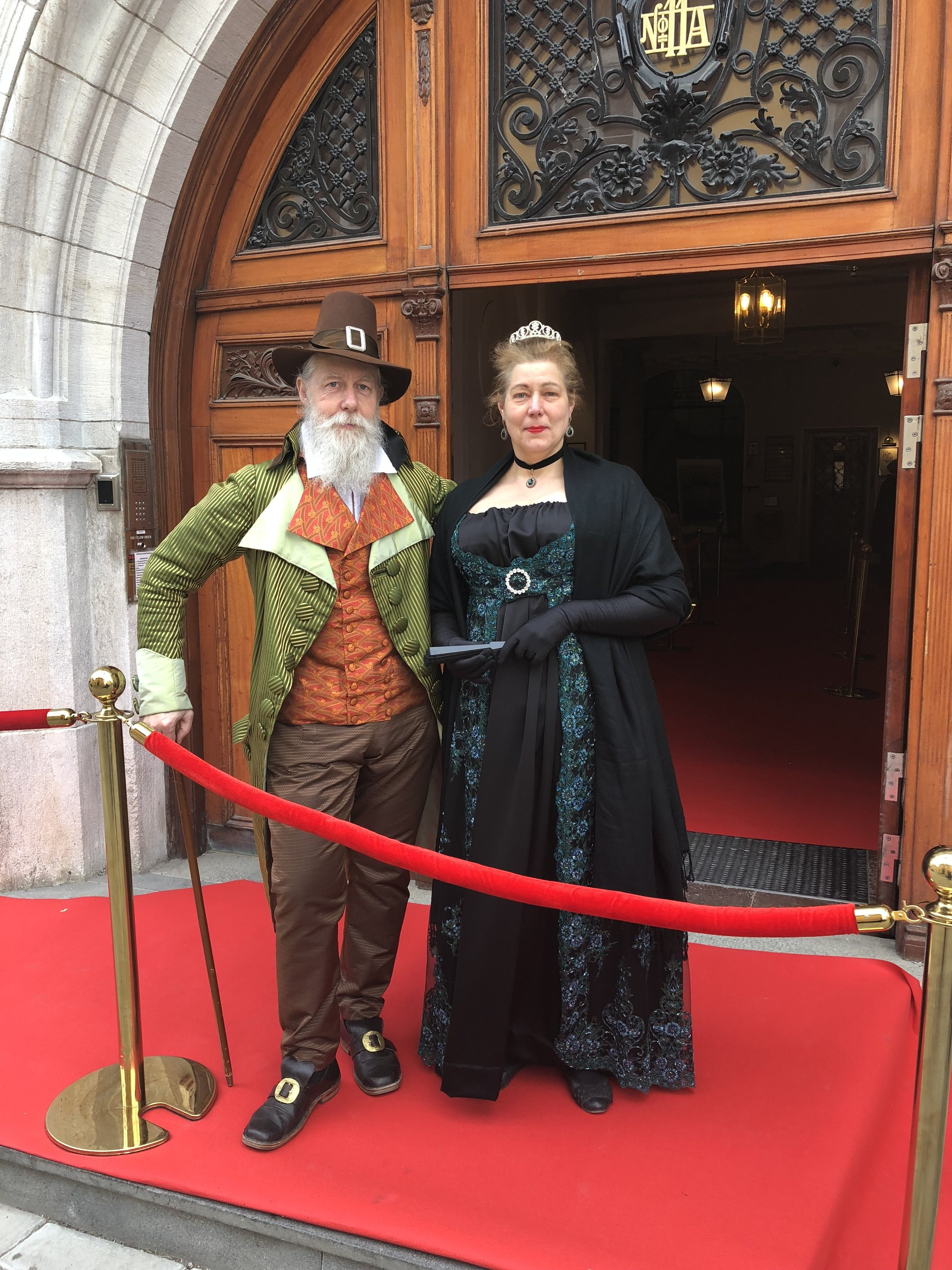 200-års jubileum - Broder Tommy Söder B 121 med hustru Annelie som tog emot på röda mattan.