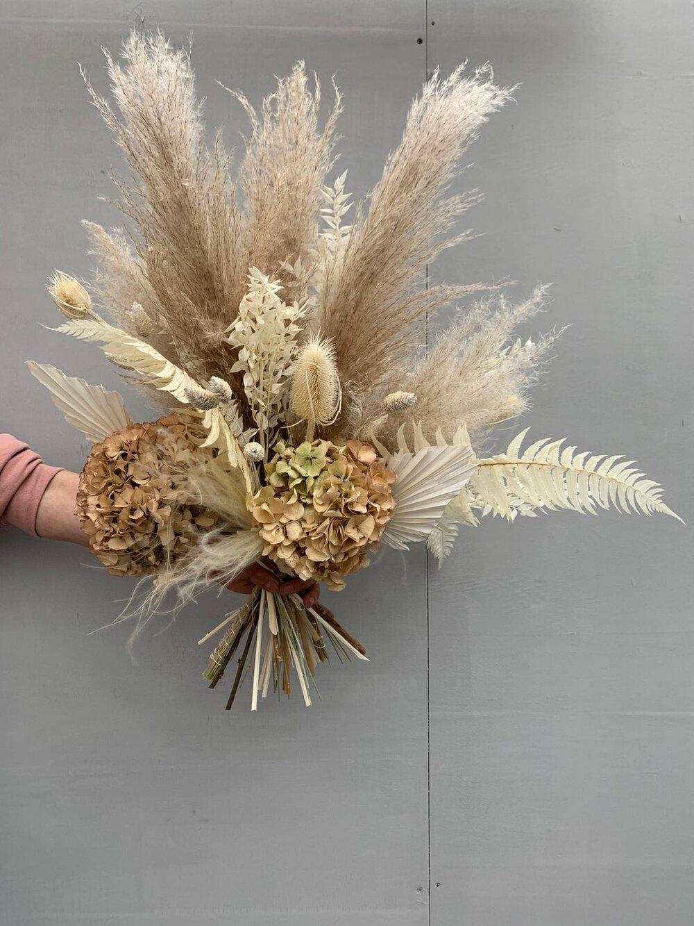 Pampas Grass Bouquet Flower Delivery London Your London Florist