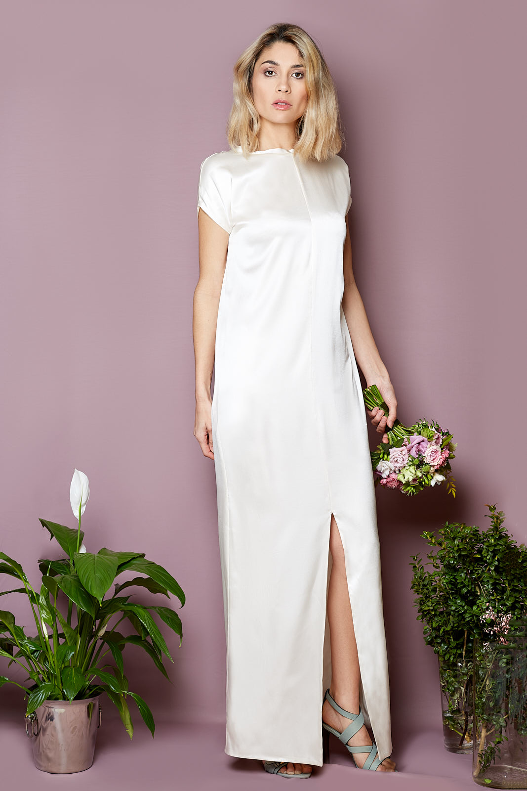 V-Back Bohème Dress