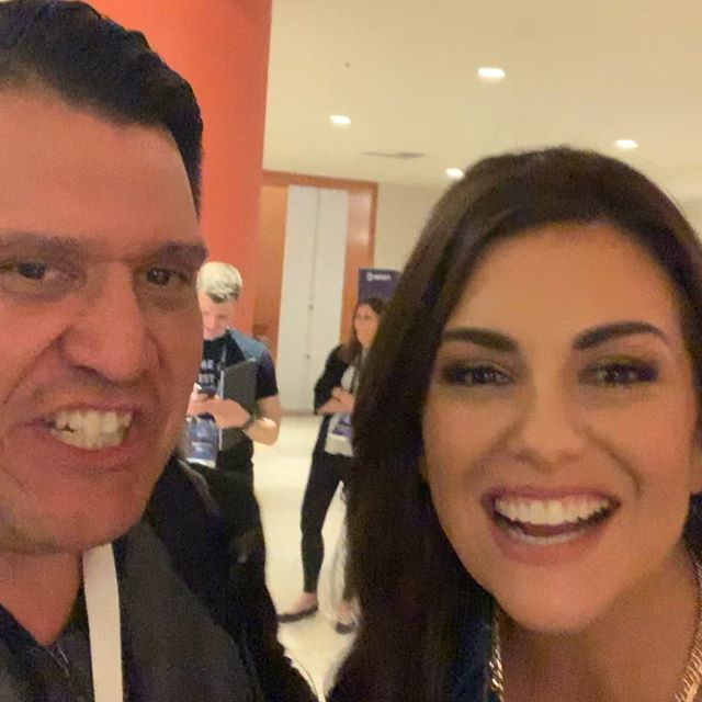 Amy Porterfield is super sweet and awesome person. She really knows her stuff when it comes to course creation and online marketing. #online #teacher #influencer #podcaster #goodhuman #smart #thebest #coursecreator #mentor #marketing #business #unique #grateful #awesome #great #mindset #powerful #girlpower #giving #authentic