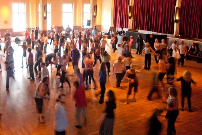 ecstatic+dance.jpg