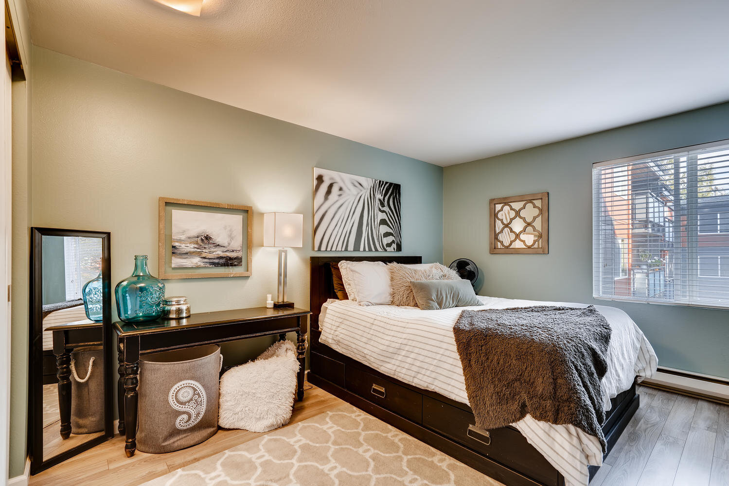 7021 Sand Point Way  B210-large-014-014-Master Bedroom-1500x1000-72dpi.jpg