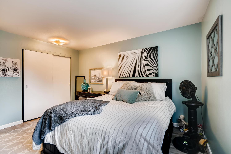 7021 Sand Point Way  B210-large-015-010-Master Bedroom-1498x1000-72dpi.jpg