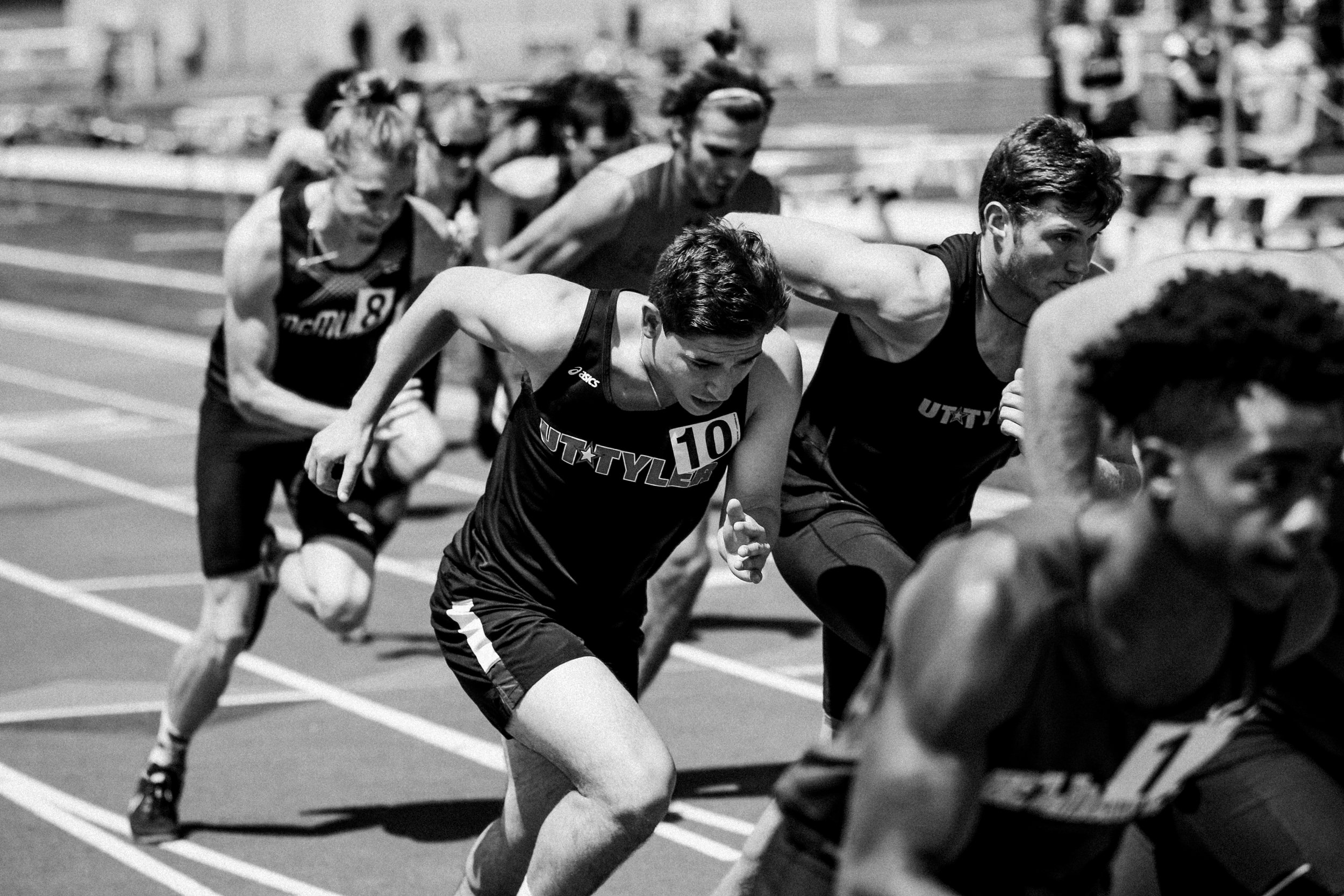 Why Roundhouse? - We know the frustrations of slow-moving track meets. We balance the need of the coaches and athletes with the expectations of spectators and event hosts.